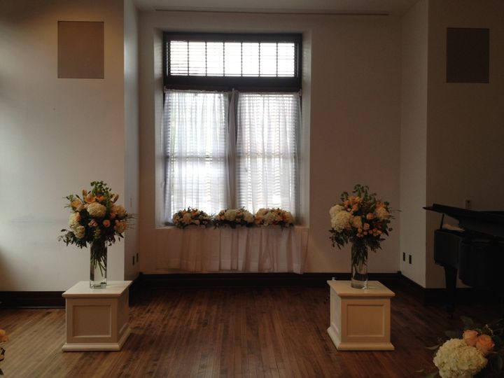 Small ceremony in Noble Hall