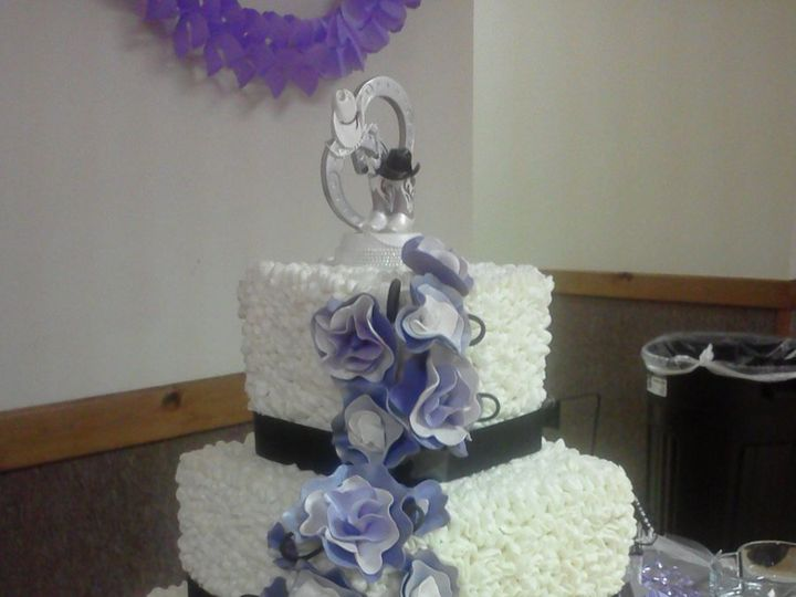 Tmx 1362065150507 0922121520a Ashland wedding cake