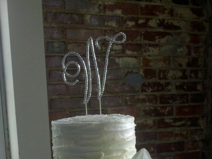 Tmx 1362065209085 Resampled95201206309515064995248 Ashland wedding cake