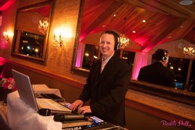 Kris McCoskery Professional Disc Jockey & Master of Ceremonies