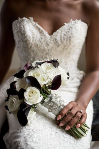 Elegant black and white themed wedding
