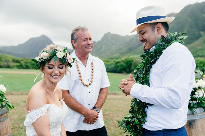 14f791e919ba55ec jennifer and chris elope at kualoa ranch 104