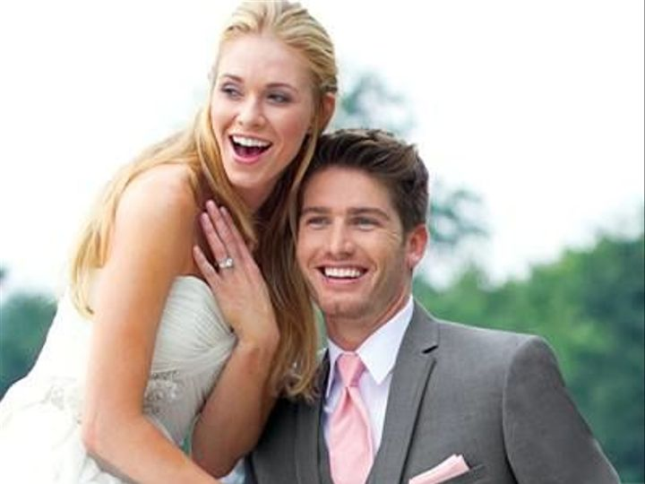 Tmx 1528912905 Cc327f271eabbdef 1528912904 F852f40d4e3150d8 1528912902441 8 10426123 984651774 Saint Louis wedding dress