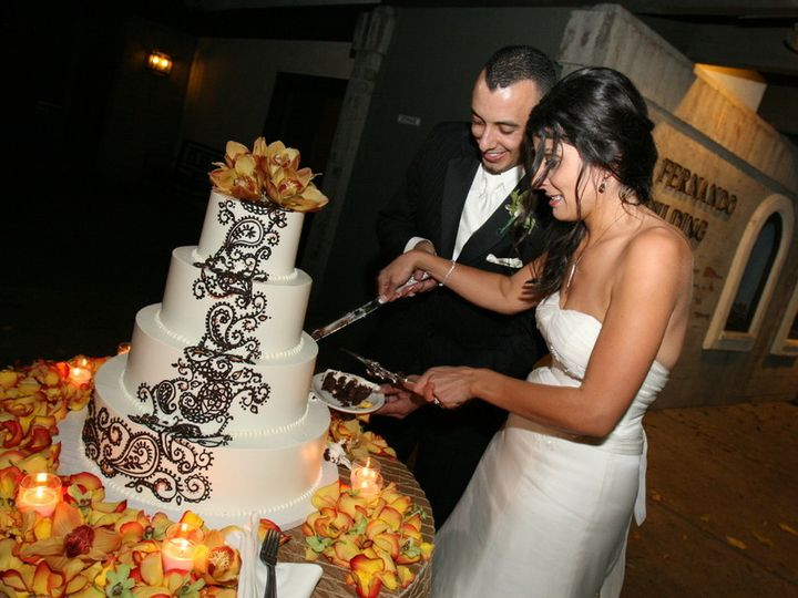 Tmx 1460650446957 Cake Los Angeles, California wedding cake