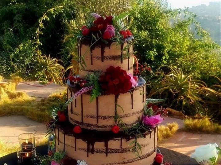 Tmx 1532552392 1d329c8a4b8f6cb2 1532552390 C2b3669eda16451e 1532552390773 4 Choc Drip 3t Los Angeles, California wedding cake