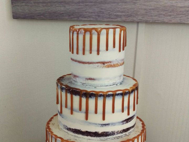 Tmx 1532552392 3dae37cc82752d88 1532552390 729532f1f0502d38 1532552390767 3 Caramel Los Angeles, California wedding cake