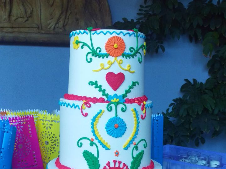 Tmx 1532552393 04cd95fefeaf1575 1532552391 9052c8583bd7191b 1532552390791 7 Fiesta Los Angeles, California wedding cake