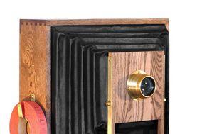 Fotio - A Vintage Camera Photo Booth