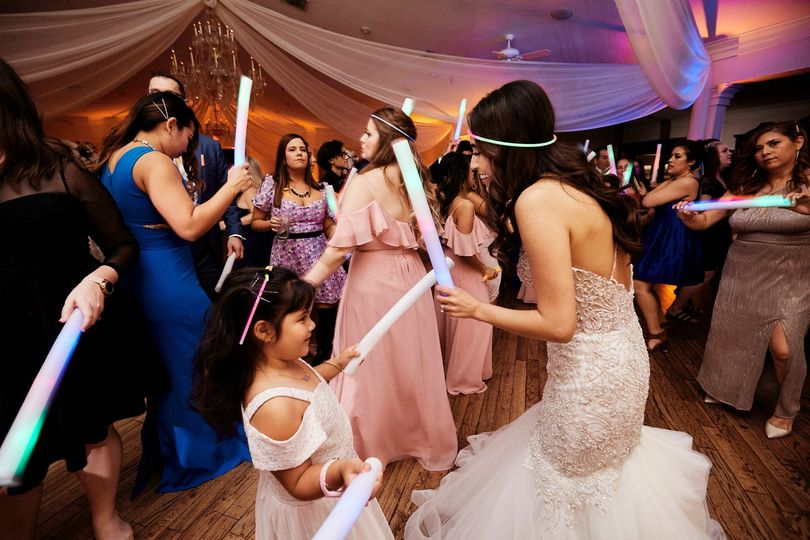 vanessa erick wedding teaser web 039 51 694358 159241867343778