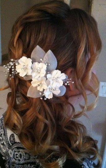 Floral accessory