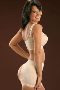 This garment helps reshape your buttocks to a firm and youthful appearance. Designed with a soft...