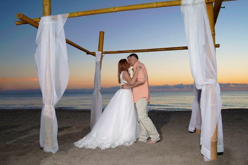 85c78ab887aa422a 1529097877 aadf191cc452fd83 1529097873633 1 Wedding 34 a