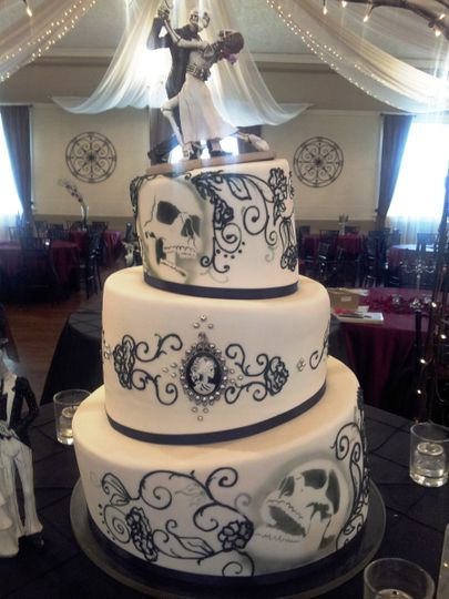 dreamy cakes and cookies wedding cake ut weddingwire. Black Bedroom Furniture Sets. Home Design Ideas