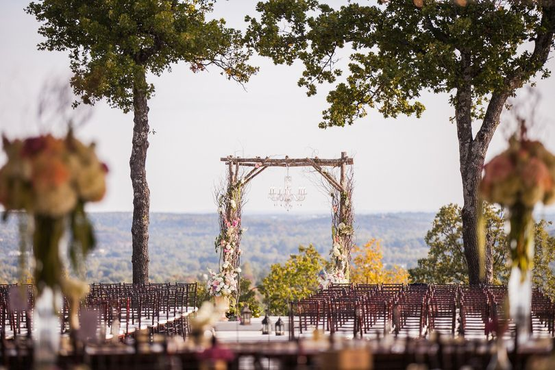 Farthing hills events venue tulsa ok weddingwire 800x800 1429285839837 h 221 junglespirit Image collections