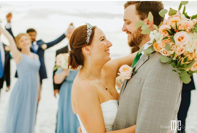 Dreaming of a Destin beach wedding? We can help!