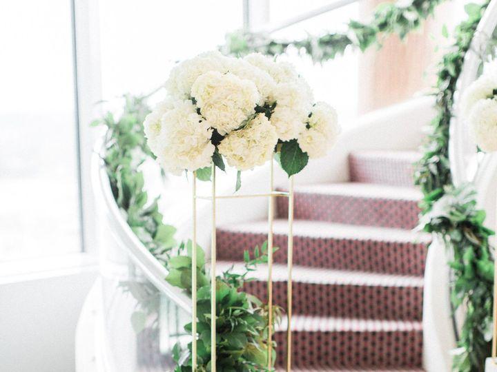 Tmx 1530214318 C082b9b02a4cb42f 1530214316 B8502c3486f70338 1530214287985 8 Samantha James Grand Rapids, Michigan wedding florist