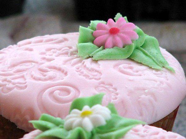 Wedding cupcake(pattycakes)!