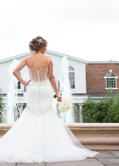 Trumpet style backless dress
