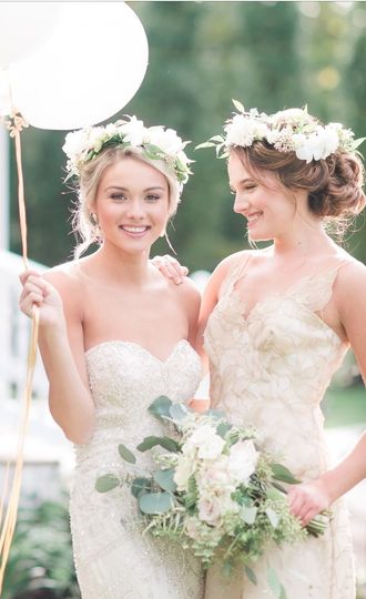 Beautiful flower crowns and bouquets