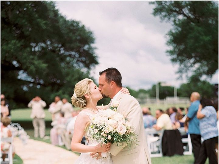 Tmx 1515552723 E82cd365834bc93f 1515552721 746ddc1916664479 1515552717119 1 Five Oaks Farm Tex Dallas wedding planner