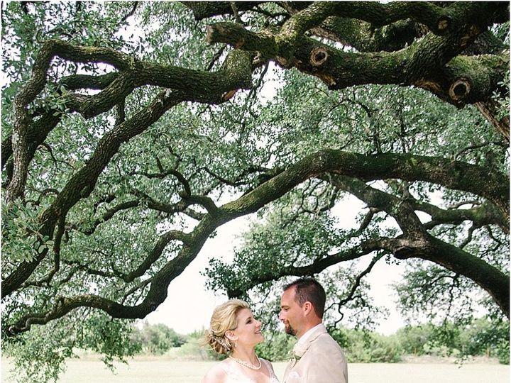 Tmx 1515552926 C32617461b1faabd 1515552923 Afd2fe65f4f77036 1515552920770 2 Five Oaks Farm Tex Cedar Rapids, IA wedding planner