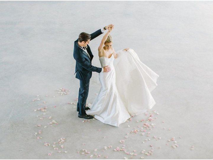 Tmx 1515553107 68a227343e5e6441 1515553105 5e784cb1ce2d1726 1515553085664 31 HarperHadleyEvent Cedar Rapids, IA wedding planner