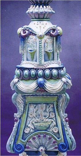 Pedestal Wedding Cake