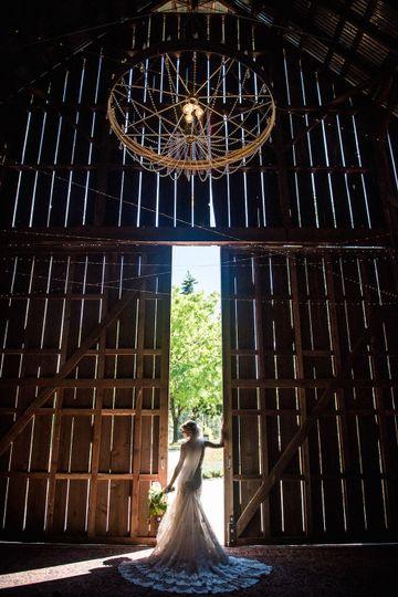 Tin Roof Barn Venue Husum Wa Weddingwire