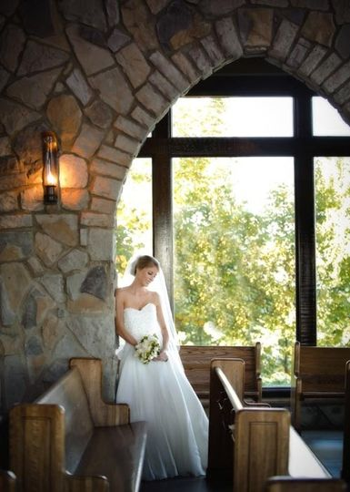 800x800 1374672366974 bridal portrait in chapel