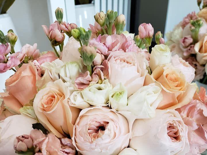 Tmx Peach Bouquet 51 541658 159916620820843 Waukesha, WI wedding eventproduction