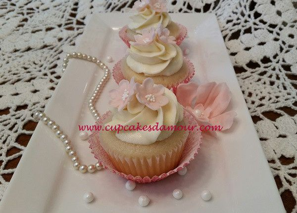 wedding cakewhite
