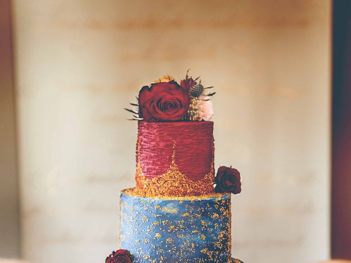 Tmx 1526997004 Bed5c96d3e990dd9 1526997001 Db086a4a0fb151bb 1526996985328 10 LUXE Styled Shoot Raleigh wedding cake