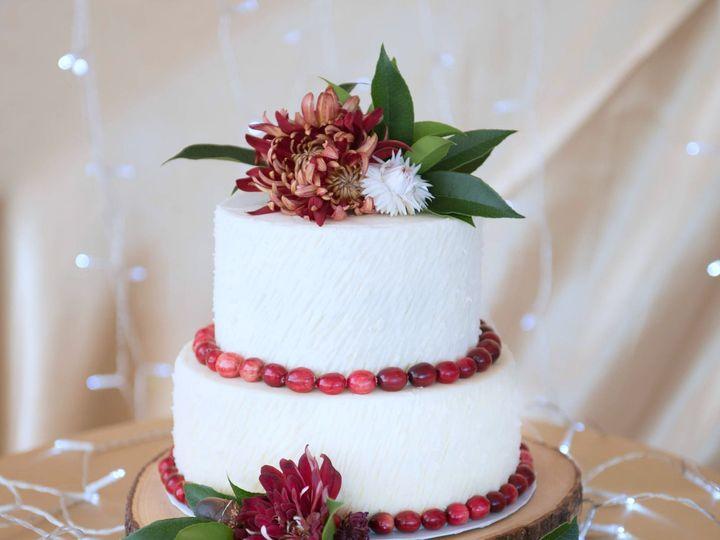 Tmx 1526997389 16eeb8ae9143c079 1526997388 2ae6e38391b834b3 1526997383808 4 001t Ss1117 Raleigh, NC wedding cake