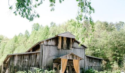 The Barn at Chestnut Springs