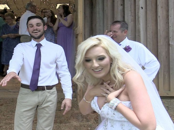 Tmx 1524105158 0051b08032caa32e 1524105157 Ec5972c371150043 1524105133488 5 Now   Forever Lewi Florence, MS wedding videography