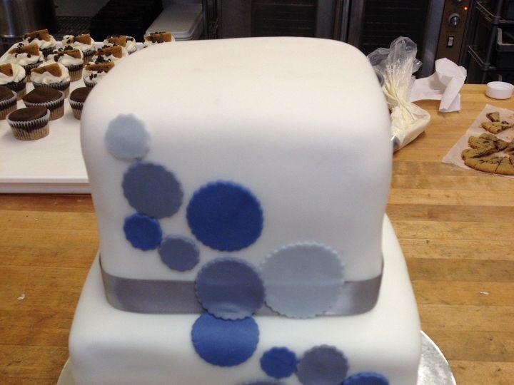 Tmx 1416190038751 01c145d3b0c94fb02829a44142e09c411352b817ec Fairport wedding cake