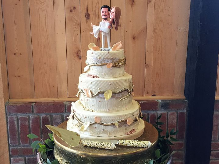 Fun and elegant wedding cake