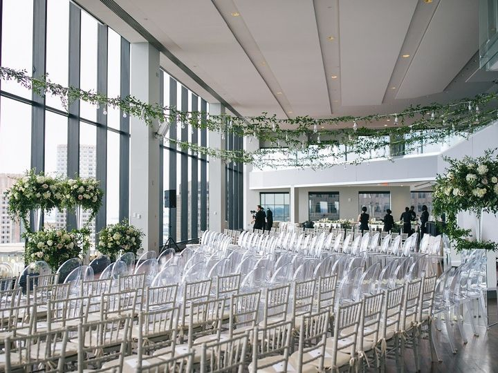 Tmx State Room Great Room Ceremony Set Up With Vines Hanging Above Zev Fisher Photography 51 3758 158464396168480 Boston, MA wedding venue