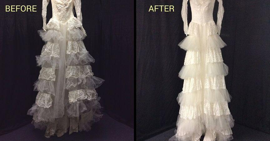 800x800 1465499626936 1956 Restoration Gown