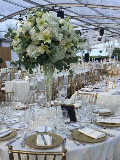 Elegant table centers