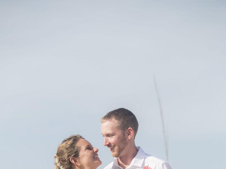 Tmx 1522777140 E6a27e12ae6b213f 1522777134 1c47eb8df363e1d1 1522777085461 23 Sample 0288 Clearwater, FL wedding photography