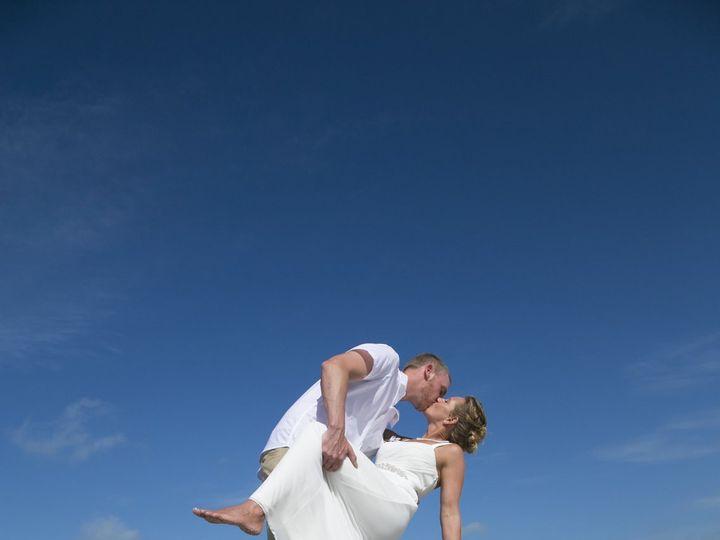 Tmx 1522777141 6dac9c442f4edd69 1522777134 7d701146ffb9b86a 1522777085463 24 Sample 0290 Clearwater, FL wedding photography