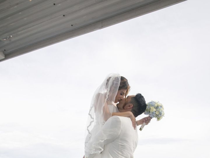 Tmx 1522777185 B77fb34a79bfe448 1522777179 Edc751c320b3e93c 1522777085471 45 Sample 0329 Clearwater, FL wedding photography