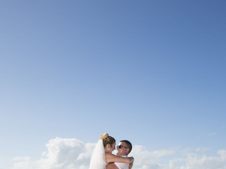 Tmx 1522777201 D163ce5b3846f627 1522777196 006cd69cdc8ece4e 1522777085474 52 Sample 0342 Clearwater, FL wedding photography