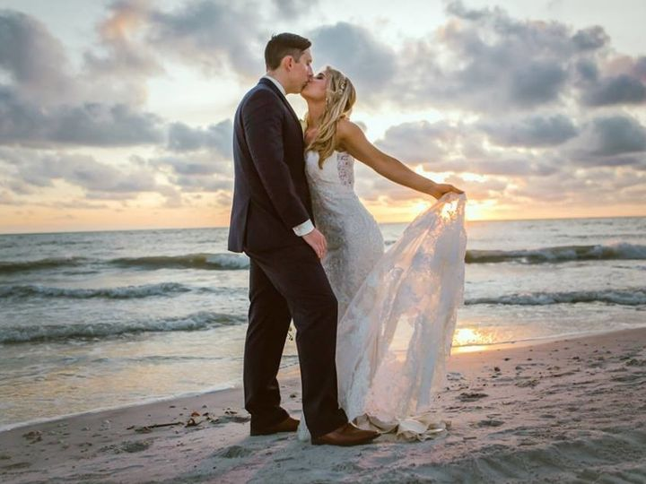 Tmx 1510257077474 1533746319058771529659289136053229104417591n Sarasota wedding planner