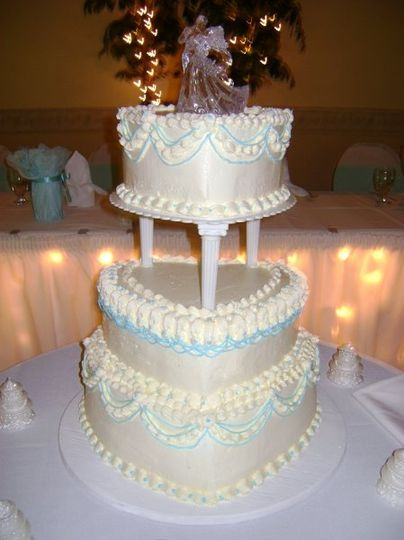 baked euphoria cakes pastries wedding cake endwell ny weddingwire. Black Bedroom Furniture Sets. Home Design Ideas