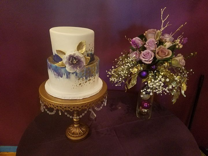 watercolor purple and gold wedding cake