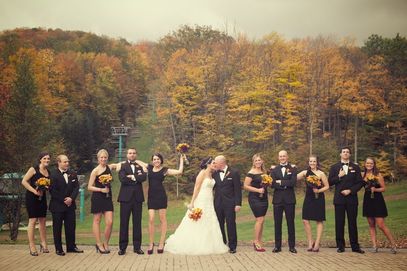 800x800 1404850186202 giza fall bridal party yodeler1