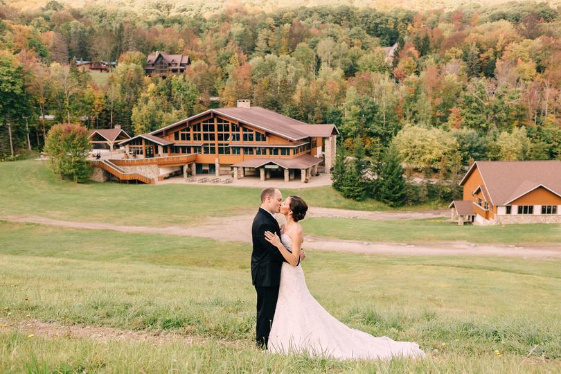 64c52f8bde6c35dc 1512500013927 leblanc wedding yodeler