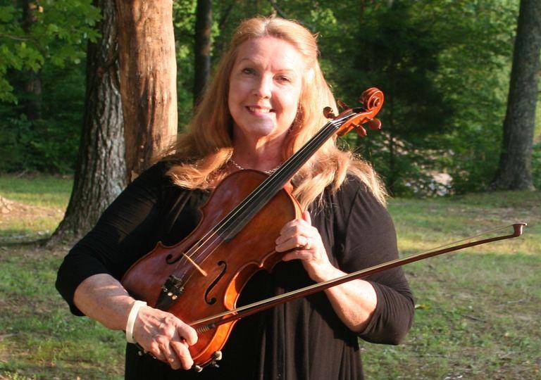 Debbie Meeece, violist with the Harpeth Trio.